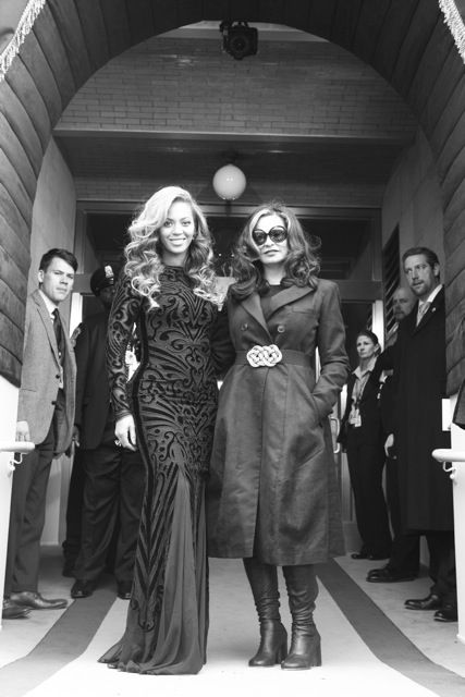 Beyoncé | I Am #Beyonce and her mother Tina Knowles at Obama's inauguration.