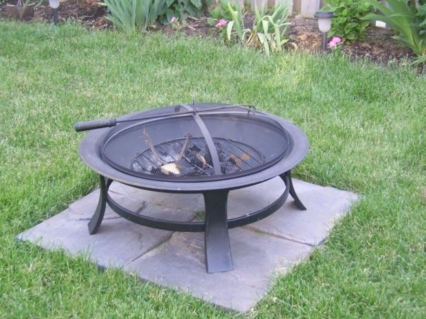 The 25 best cheap fire pit ideas on pinterest cheap diy for Cheap easy fire pit ideas