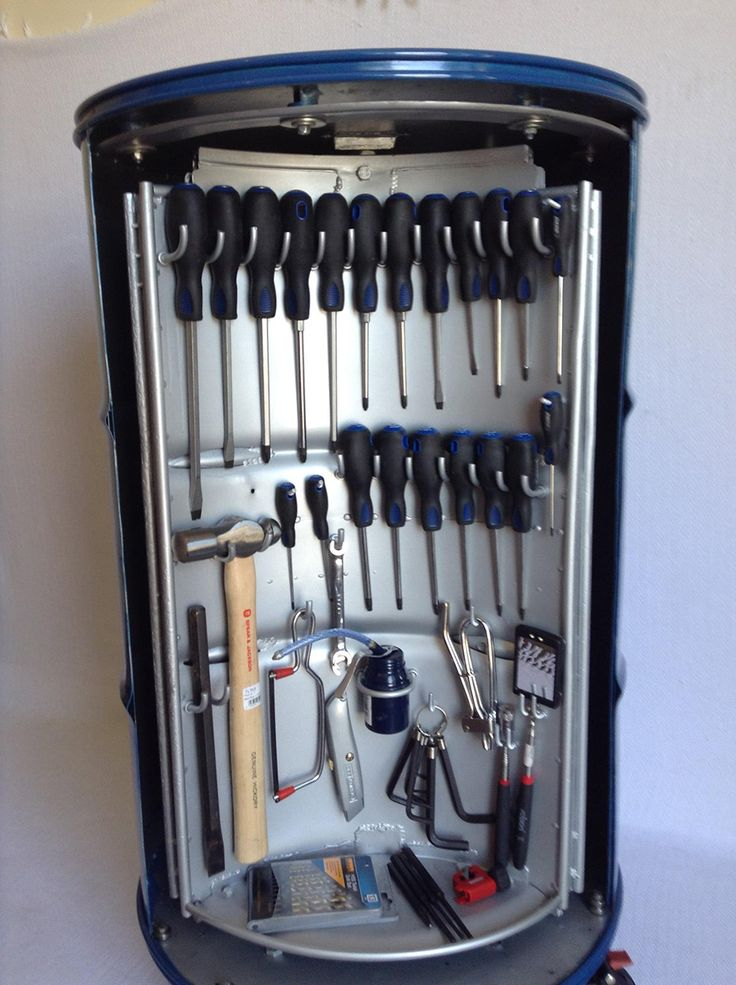 Caixa de ferramentas reciclada