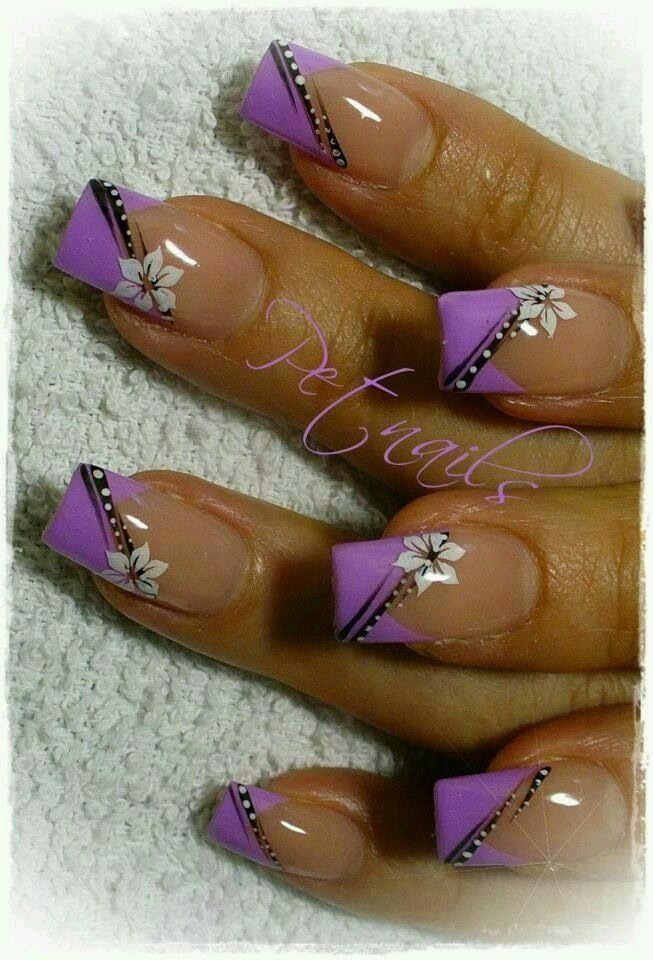 Purple and black w white flowers nail art