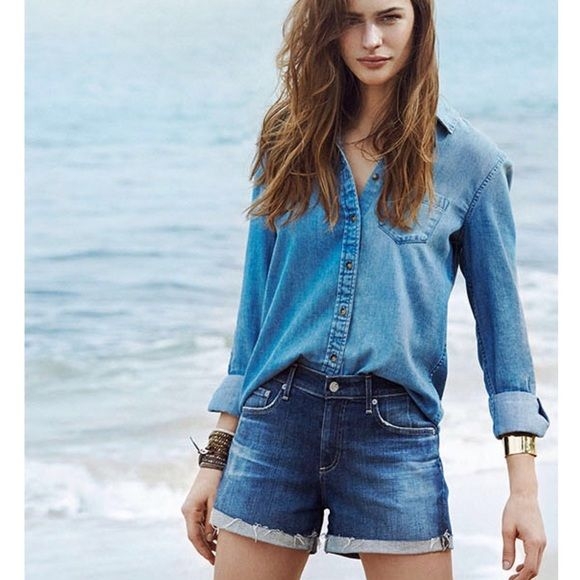 See by Chloe stretchy jean short cut offs See by Chloe stretchy cut off jean shorts with shooting star on back pocket. Almost like a skinny jean short super flattering and comfortable. See by Chloe Pants