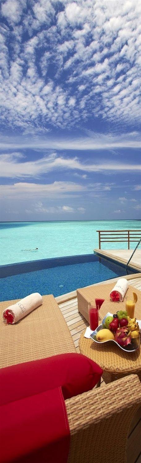 LOLO | Dream trip to Baros Maldives