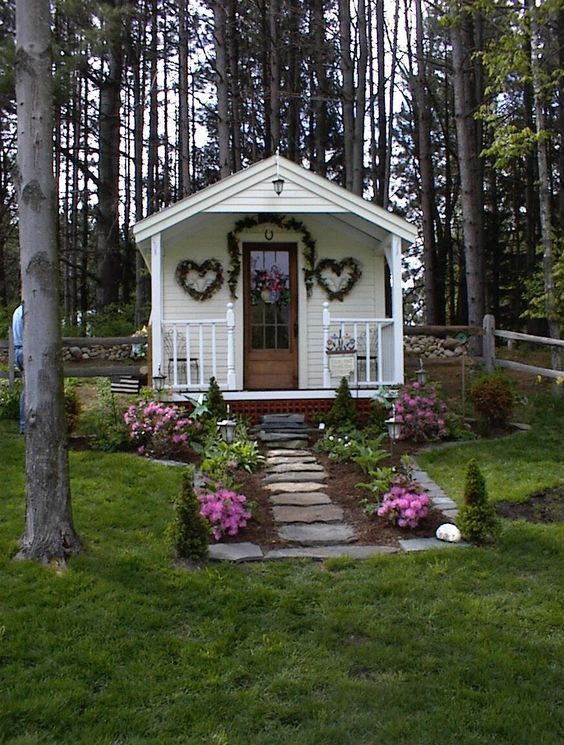 17 best images about garden sheds greenhouses cottages for Bhg greenhouse