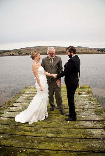 How to elope AND share the wedding with your family at the same time | Offbeat Bride