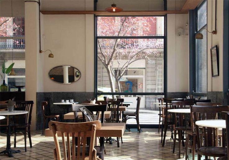 Où manger à Barcelone : nos meilleures adresses pour savoir où manger à Barcelone. - Elle Ce restaurant installé dans un ancien couvent vous satisfera aussi bien grâce à sa carte qu'à son ambiance. On succombe pour le...