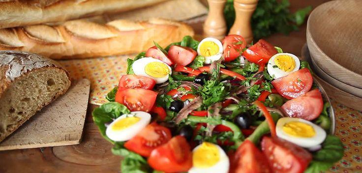 Préparez une bonne salade niçoise traditionnelle !