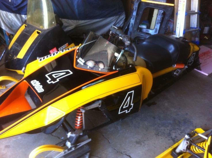 vintage race snowmobile pics jpg 853x1280