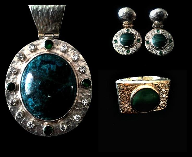 Colgante, aros y anillo de plata con malaquita