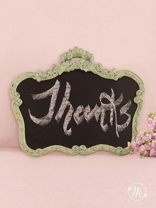 Cornice lavagna vintage verde.  In perfetto stile shabby chic, è adatta per allestire la vostra location e scrivere sopra un messaggio.  Misure: 49 x 39 x 2.5 cm.  #matrimonio #wedding #cornice #tableau #verde #party #ceremony #nozze #allestimenti #accessori