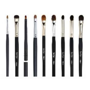 Camera Ready Cosmetics™ - Ben Nye Makeup Brushes - Fine Detail, (http://camerareadycosmetics.com/products/ben-nye-makeup-brushes-fine-detail.html)