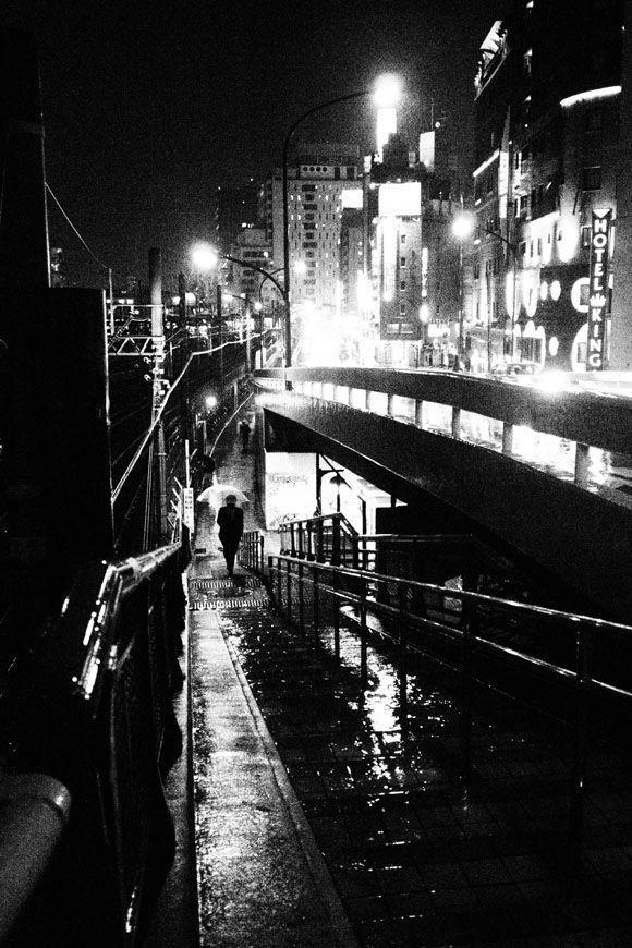Slightly surreal night night crawler by takehiko nakafuji zen foto gallery on bjp high contrast between light and dark the street lights are reflected