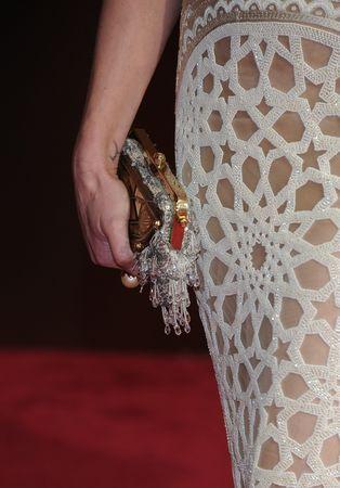 Portia De Rossi's clutch (Valerie Macon/AFP/Getty Images)