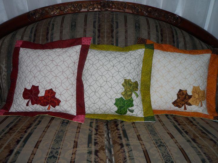 Cojines bordados y en patchwork mi costurero pinterest - Cojines de patchwork ...