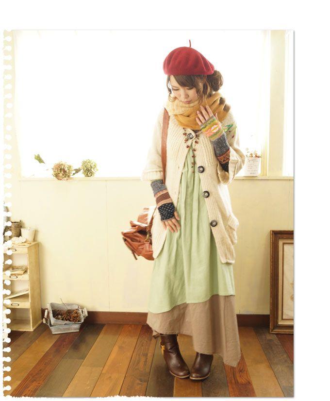 【楽天市場】3/28 22時から 残りわずか* 京の冬景色。レトロな刺繍のお花。ふんわり袖のニット ワンピース&カーディガン  たるんとしたポケットや大きなボタンも可愛い。(メール便不可)森ガール:ワンピース専門店 Cawaii