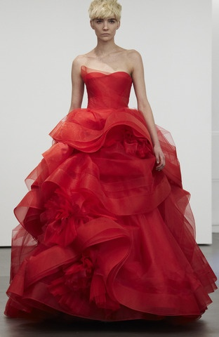 "Abiti vaporosi: #sposa 2013 #VeraWang This would be in my ""dream closet""!"
