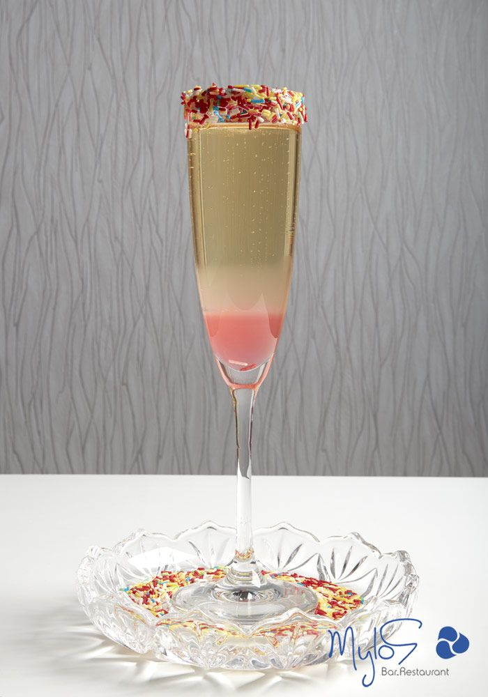 Celebrating femininity with vivid colors on a high glass … Lola cocktail! more at mylossantorini.com