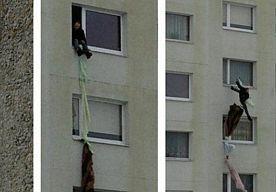 Man valt van acht hoog na vluchtpoging.    Een vrouw wilde niet dat haar man naar zijn vrienden ging en daarom sloot ze hem op in hun appartement. Maar de echtgenoot liet zich niet zo gemakkelijk tegenhouden.