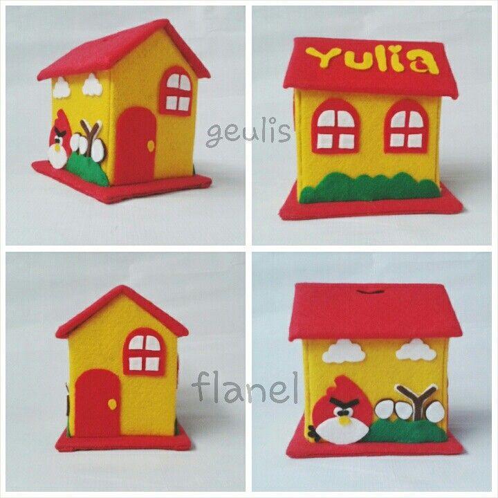 Celengan Flanel #felt #feltcreation #feltcraft #craft #flanel #geulisflanel #feltangrybird #angrybird #celengan #souvenirflanel #felthouse #crafting