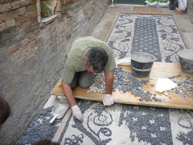 Luciano Bonzini mosaics | Risseu, the cobblestone mosaic pavement, can be found…