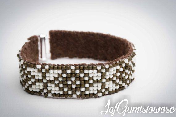 Bracelet. Loom-beading. Slavic bracelet. Cream by JejGumisiowosc