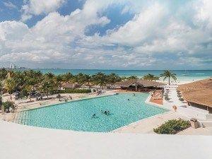 El Presidente InterContinental Cancun Resort es un complejo que dispone de playa privada, se encuentra a 13 km de las ruinas mayas de El Meco... #Cancun #Mexico #Hoteles