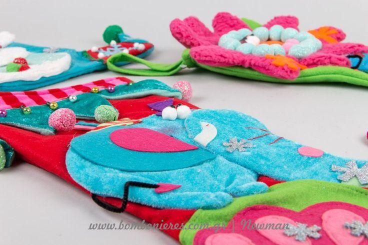 Χριστουγεννιάτικες κάλτσες για το δέντρο και το τζάκι | bombonieres.com.gr