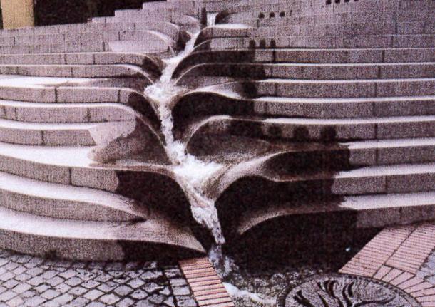 Inspiratie: waterafvoer over trap.