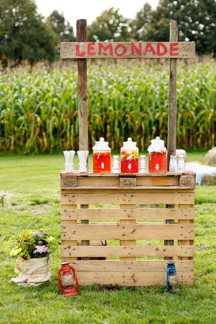 Limonade Bar pentru nunțile de vară, în grădină | http://nuntaingradina.ro/limonade-bar-pentru-nuntile-de-vara-in-gradina/