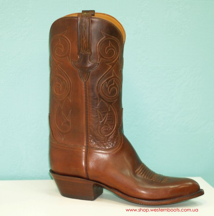Lucchese classics boots
