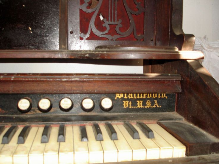 Carpenter Brattleboro  Antique Carpenter Organ Estey Co Brattleboro VT needs restorative care