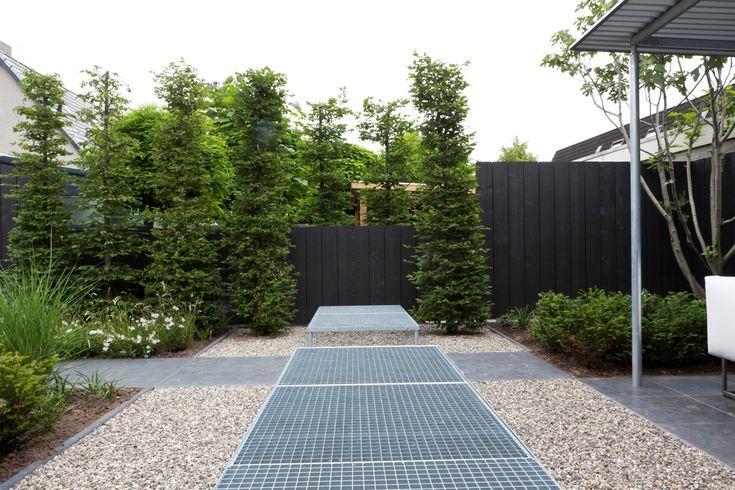 Kleine moderne tuin hoekwoning kleine tuin pinterest for Moderne kleine tuin