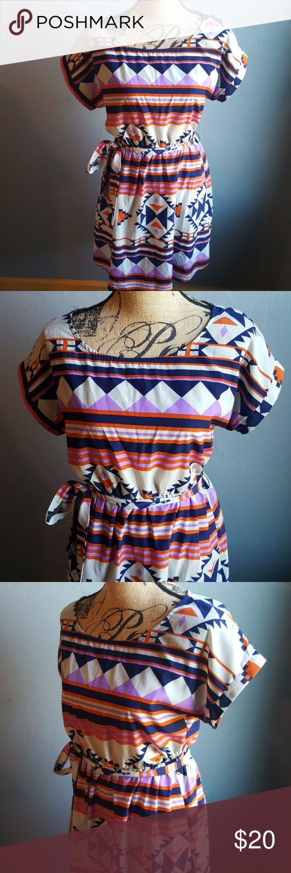 Tea n Rose Aztec Print Dress Very cute Belted Trendy Aztec Print Lightweight In great condition Tea n Rose Dresses