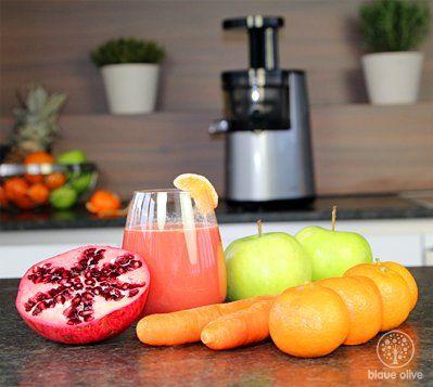 Zutaten:     200g Karotten  2 Stück Granatäpfel  8 Stück Mandarinen  3 Stück Äpfel Vorbereitung: Mandarinen...