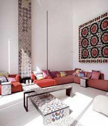 Фотоподборка, фото индийского стиля в интерьере, в основном гостинные. Если честно, то темные и интенсивные цвета для гостинной мне не очень нравятся, а вот спокойные персиковые тона очень импонируют...