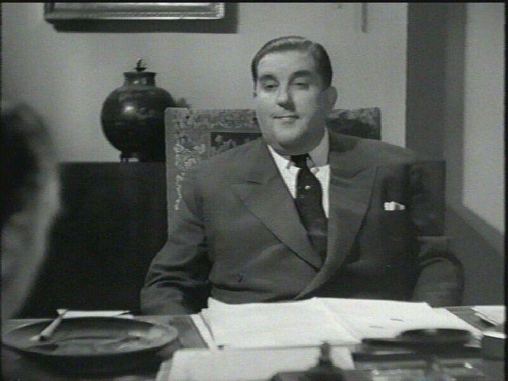 som direktør Stenersen, i Otte Akkorder fra 1944.
