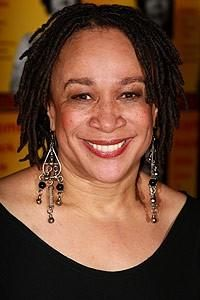 Born: Nov 28th 1952 ~ S Epatha Merkerson Plays Hospital Administrator Sharon Goodwin in Chicago Med.