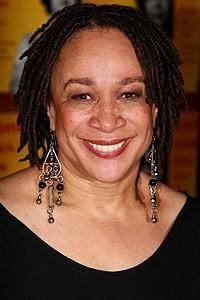 Born: Nov 28th 1952 ~ S Epatha Merkerson Plays Hospital Administrator Sharon Goodwin in Chicago Med.