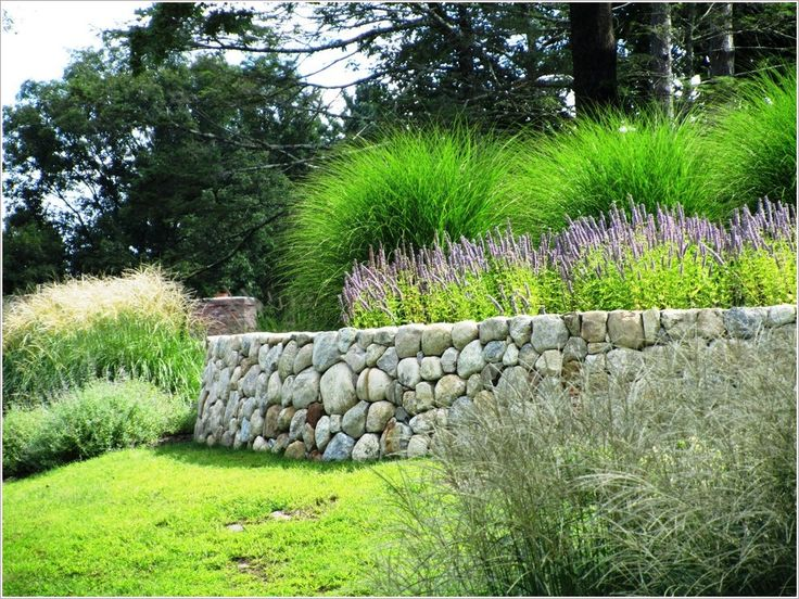 1000 images about hillside on pinterest terraced garden for Rock wall garden