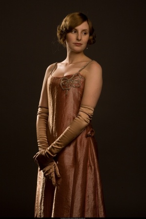 Lady Edith, Downton Abbey Beautiful dress - the color suits her.