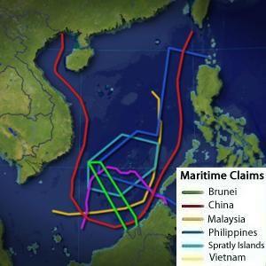 Últimamente los medios de comunicación de medio mundo hablan de una posible guerra entre China y Filipinas por la disputa de las aguas del Mar de la China meridional. ¿A qué se debe este creciente conflicto y de dónde procede? Hasta 6 países reclaman su soberanía territorial en un área que podría contener abundantes recursos energéticos.