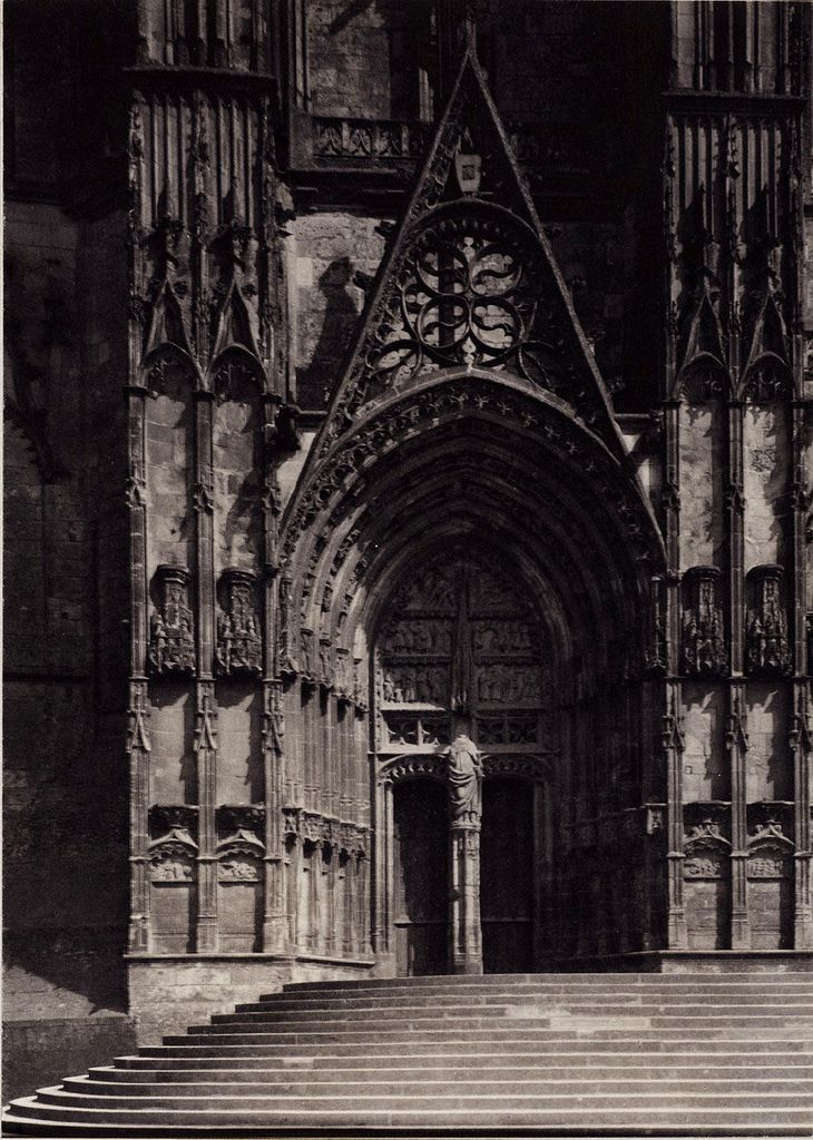 """"""" Frederick H. Evans, """"Bourges Cathedral, Portal of West Front"""" (1901) """""""