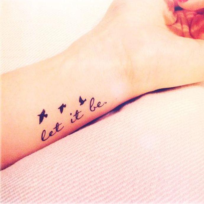 25 beste idee n over tatoeages op pinterest tatoeage idee n handgeschreven tatoeages en. Black Bedroom Furniture Sets. Home Design Ideas