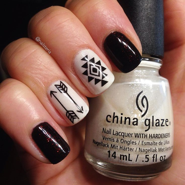 Aztec nails. Products used: China Glaze Lubu Heels and Dandy Lyin' Around. Born Pretty Water decals BP-W26.
