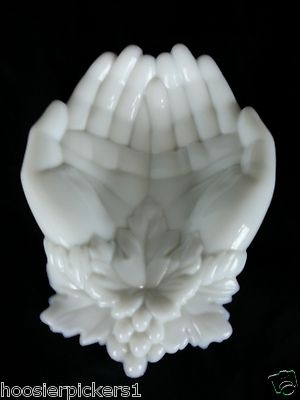 Westmoreland Milk Glass Victoria's Hands Grape Leaves Candy or Vanity Dish L | eBay