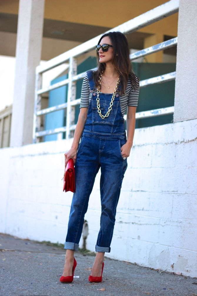 Overalls! Doesn't get easier than this!  Love this look minus the necklace.