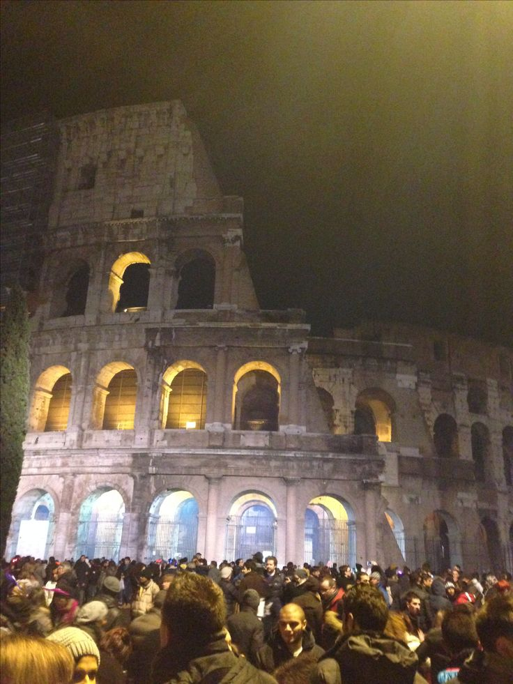 The Colosseum, New Years Eve, Rome, Italy 🇮🇹 ✅