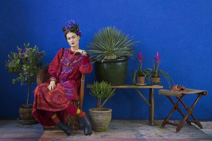 Farbintensive Weihnacht mit mexikanischen Einflüssen: Vielfältige Muster und prächtige Farben sind für die schwedische Designerin Gudrun Sjöden schon seit vielen Jahren eine wichtige Inspirationsqu…