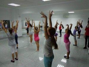 Mai stim azi aprecia o scoala de dans?   Scoala de dans Stop&Dance