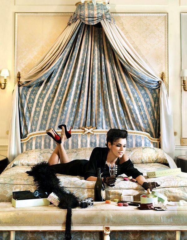 """Editorial de Mode"" | Model: Unlisted, Photographers: Dana & Stéphane Maitec, One Magazine, August 2011"