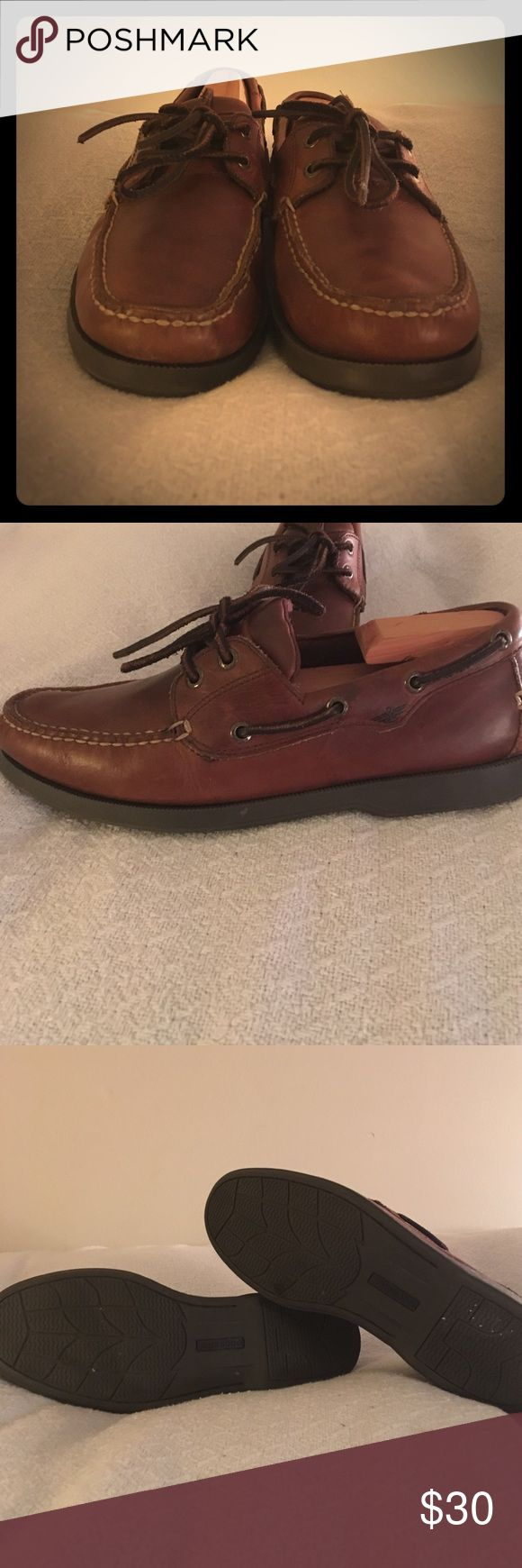 Dockers Leather Boat Shoe Leather boat shoes with a rubber sole by docker. They are a rich brown color. A little wear is apparent but otherwise in great shape. Very sturdy soles with great tread still left intact Dockers Shoes Boat Shoes